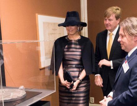 Bezoek ZM de Koning en HM de Koningin aan het Aboriginal Art Museum